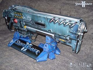 starcraft2-rifle-papercraft.jpg